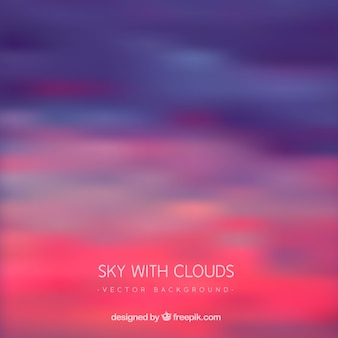 Cielo con nuvole colorate sullo sfondo