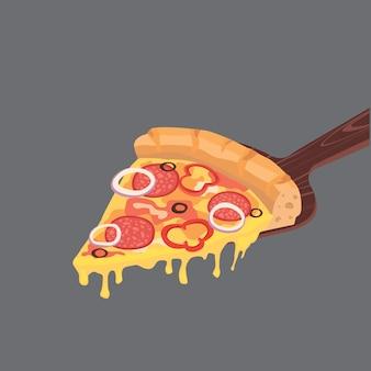 Кусочек пиццы пепперони с сыром