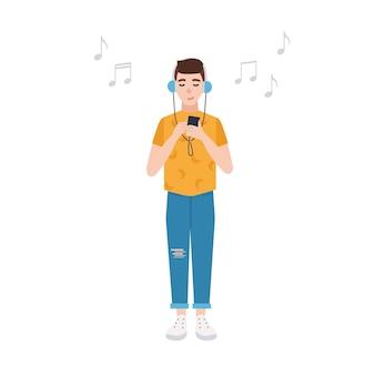 헤드폰을 끼고 눈을 감고 웃고 있는 소년은 플레이어를 잡고 음악을 듣고 있습니다. 흰색 표면에 고립 된 귀여운 남성 만화 캐릭터