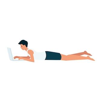 Улыбающийся человек лежит с ноутбуком мультяшном стиле