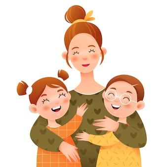 웃는 엄마는 아이들을 안아줍니다. 엄마, 딸과 아들.