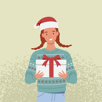 彼女の手でクリスマスプレゼントを持っているセーターとサンタ帽子の笑顔の女性。フラットスタイルのイラスト