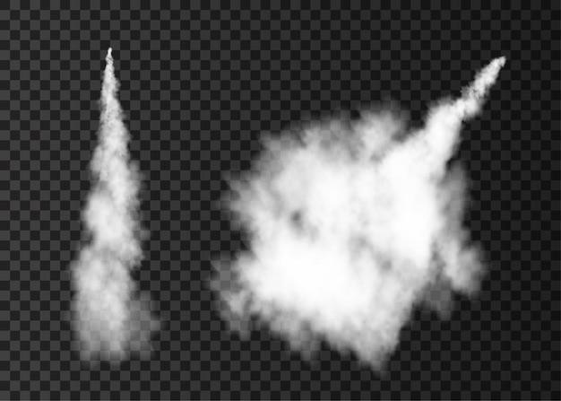투명 한 배경 안개에 고립 된 우주 로켓 발사 안개 비행기 흔적에서 연기
