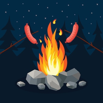 燻製ソーセージとキャンプファイヤー。森のキャンプ場のピクニック。キャンプファイヤー近くの夜のキャンプ場パーティー