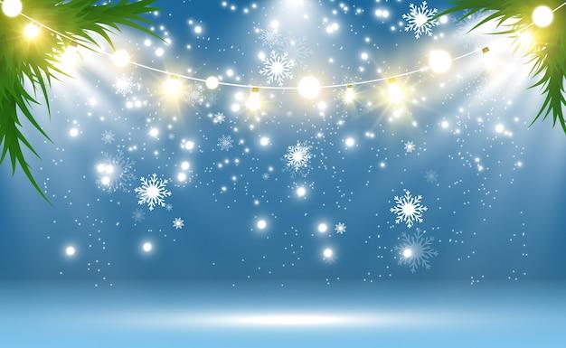 Снегопад. много снега на прозрачном фоне. рождественский зимний фон. снежинки падают с неба.