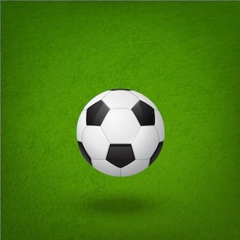 Футбольный мяч на поле.