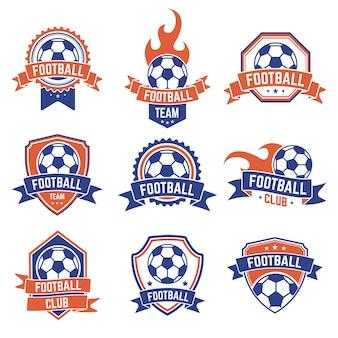 サッカークラブのエンブレム。サッカーバッジシールドロゴ、サッカーボールチームゲームクラブの要素、サッカーの競争および選手権のアイコンを設定します。シールドサッカー選手権またはチームの図