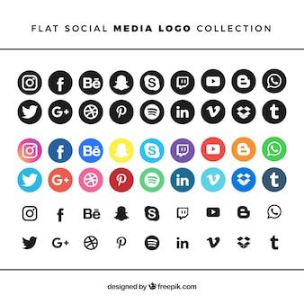 フラットスタイルのソーシャルメディアロゴコレクション