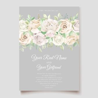 柔らかい緑の花の結婚式の招待カードセット