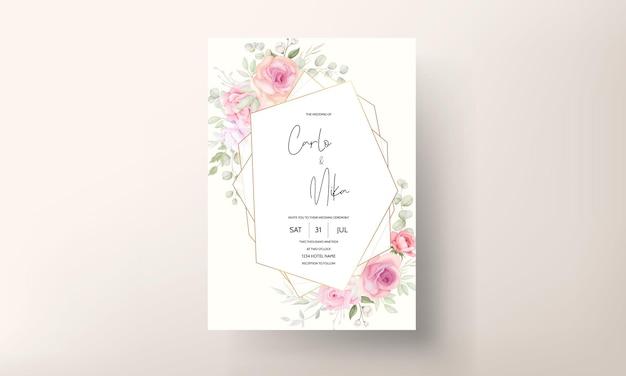 柔らかいピンクの花の結婚式の招待カード