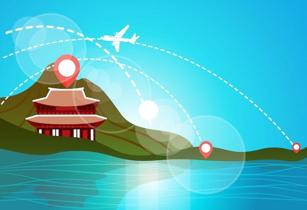 한국 여행 랜드 마크 풍경 호수 또는 강에 산에서 아름다운 사원보기 아시아 여행 목적지 개념
