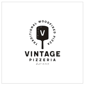Spatula & initials typography for vintage pizza logo