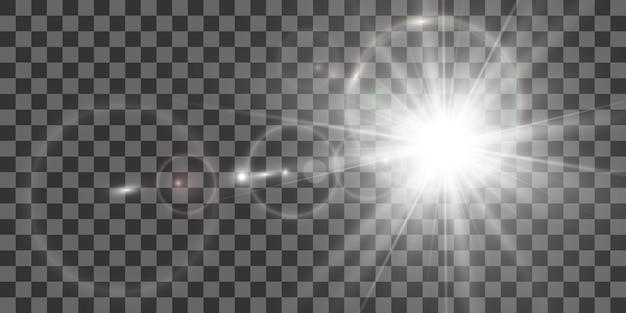 특수 렌즈 플래시, 조명 효과. 플래시는 광선과 탐조등을 깜박입니다. illust. 흰색 빛나는 빛. 광선에서 아름다운 별 빛. 태양이 역광입니다. 밝고 아름다운 별. 햇빛. 섬광.