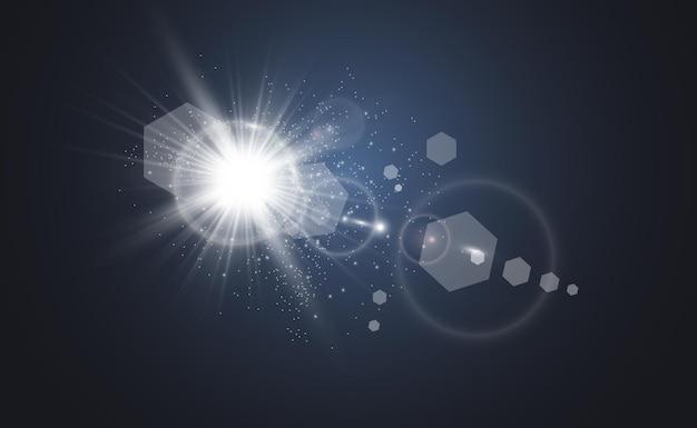 특수 렌즈 플래시, 조명 효과. 플래시가 광선을 깜박입니다.