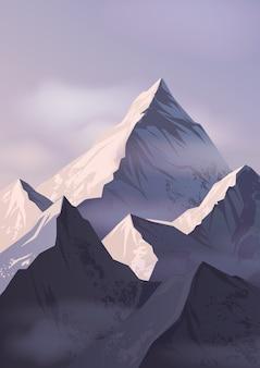 山頂が雪に覆われ、霧に包まれた壮大な風景