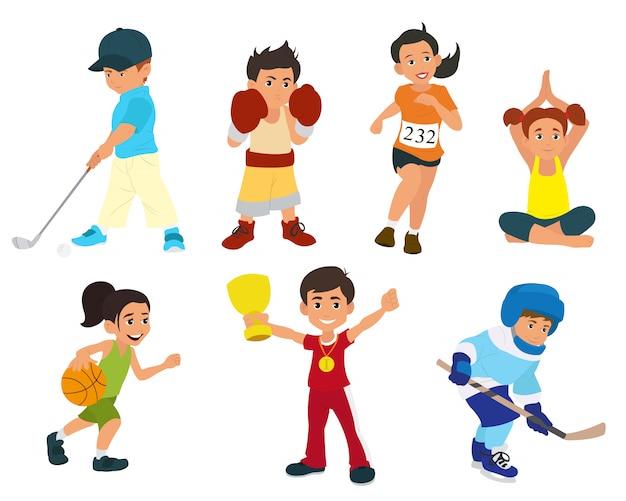 Спортивные дети активно занимаются спортом.