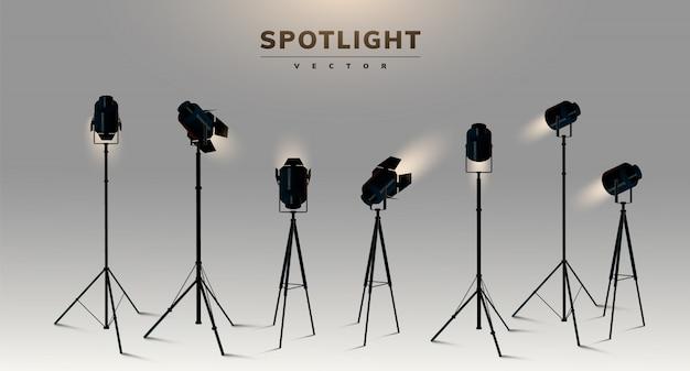 ショーコンテストやインタビューのイラストの現実的な透明な背景をスポットライトします。