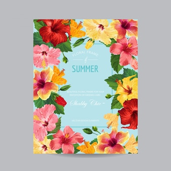 フレームと春と夏のグリーティングカード。新婚招待状の赤いハイビスカスの花の花柄のデザイン