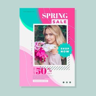 Modello di volantino di vendita di primavera con foto