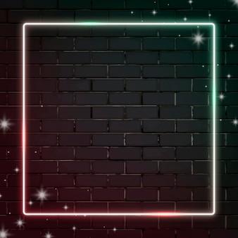 レンガの壁の背景に正方形の点滅ネオンフレーム