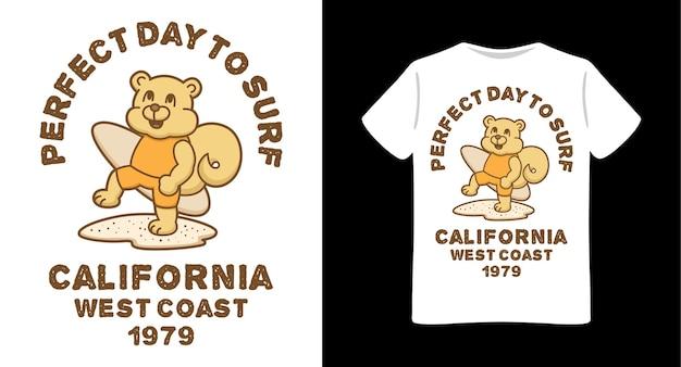 타이포그래피 티셔츠 디자인으로 서핑 보드 그림을 들고 다람쥐