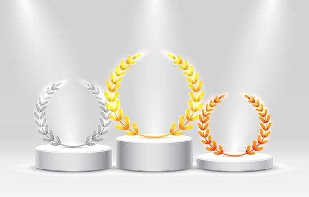 照明付きのステージ表彰台、灰色の背景に授賞式のステージ表彰台シーン、ベクトルイラスト