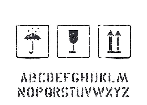 Стандартные грузовые гранж-коробки подписывают резиновые штампы и алфавит для грузов, доставки и логистики. хрупкая, изолированная. векторная иллюстрация.
