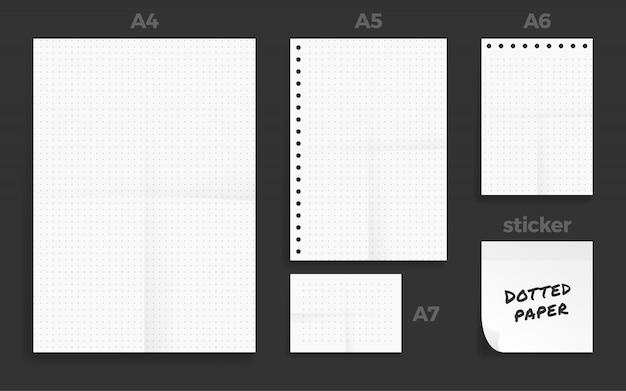 Набор из четырех скомканной бумаги формата а в формате standart с точками