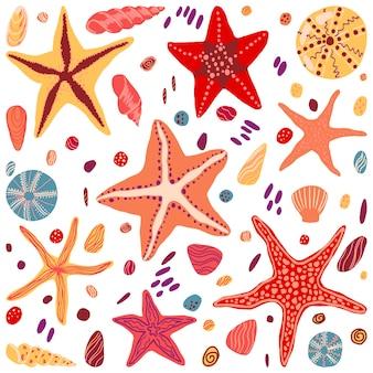ヒトデ、貝殻、石フラット手描きベクトルイラスト。スカンジナビアスタイルのカラフルなコレクション。夏の海の要素がデザインに設定されています。