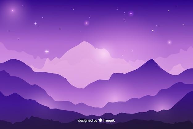 산의 사슬을 통해 별이 빛나는 밤