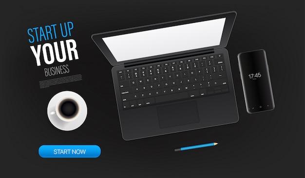 Запустите свой шаблон бизнес-промо целевой страницы с ноутбуком и образец текста. векторный вид сверху