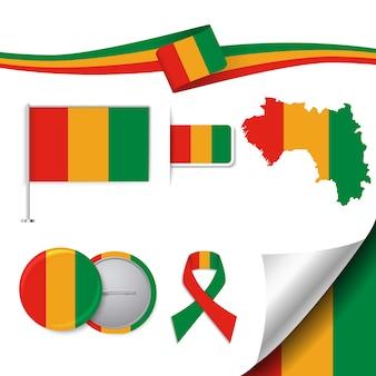 Коллекция канцелярских элементов с флагом дизайна гвинеи