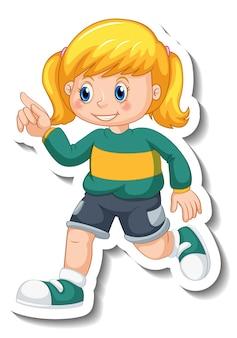 Modello dell'autoadesivo con una ragazza nel personaggio dei cartoni animati di posa di camminata isolato
