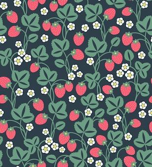 イチゴの背景。イチゴのシームレスなフルーツパターン。赤いイチゴとかわいい白い花と葉。黒の背景。