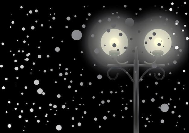 雪の中の街灯