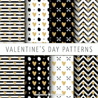 Striped patterns and golden hearts