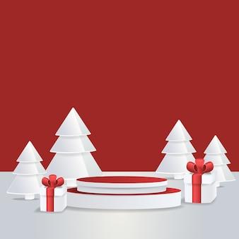 Подиум студии с рождественским украшением.