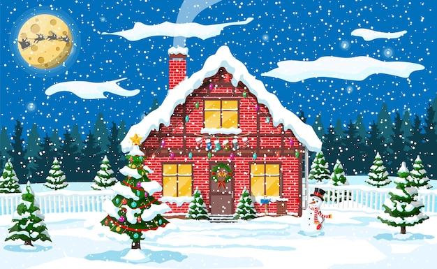 Загородный дом, покрытый снегом с луной и лесом