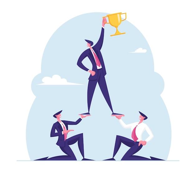Успешная концепция командной работы пирамида лидера деловых людей, держащего золотой кубок на вершине