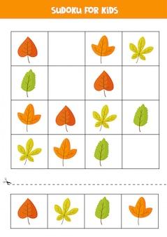 Судоку игра с милыми осенними листьями. детская головоломка.