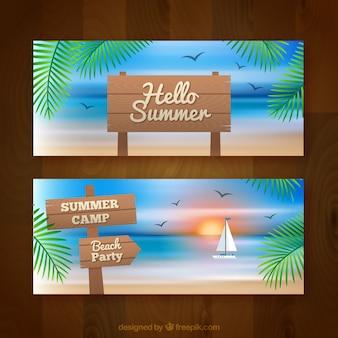 木製の看板付き夏のバナー