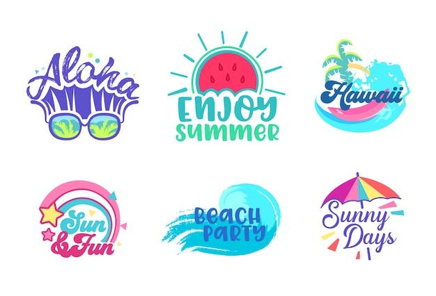여름 해변 휴가 열대 포스터 디자인 모음. 파라다이스 하와이 휴가 파티 타이포그래피 배너 템플릿. 칵테일 바다 개념 평면 만화 벡터 일러스트 레이 션에 대 한 마케팅 광고 배지