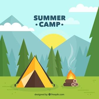 テントとキャンプファイヤーがあるサマーキャンプの背景