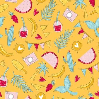 Летний фруктовый узор с красочными праздничными предметами в стиле каракули