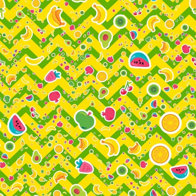 夏の果物はシームレスなパターンをベクトルします。トロピカルフルーツ、明るいジグザグの背景に甘いベリー