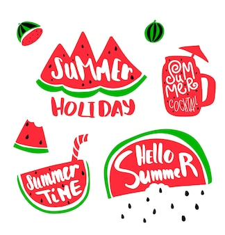 수박으로 여름 휴가 글자. 수 박과 여름 시간 텍스트의 조각입니다. 글자와 여름 칵테일입니다. 수박 씨앗 비.