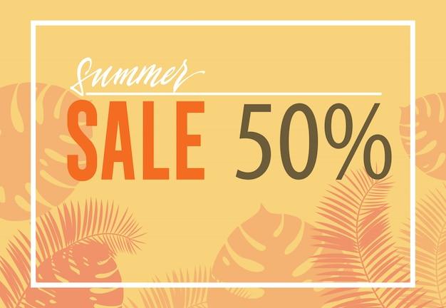Saldi estivi, cinquanta per cento poster con sagome di foglia tropicale su sfondo giallo.