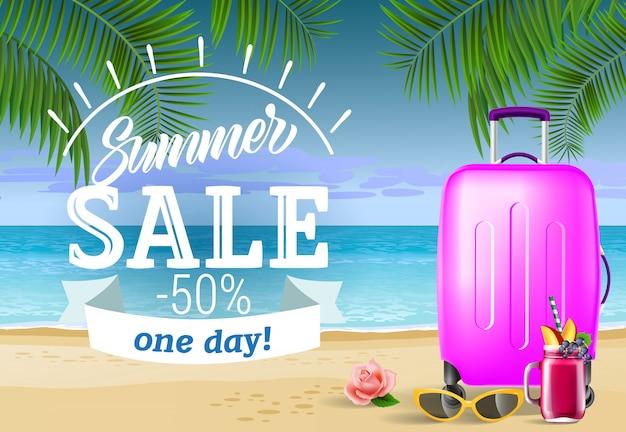 여름 세일, 바다 해변과 가방으로 하루 문자. 여름 제공