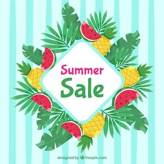 Modello di vendita estiva con piante e deliziosi frutti