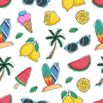 Летний бесшовный фон с лимоном, арбузом и кокосовой пальмой
